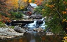 西欧美丽的山野别墅图片