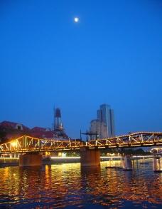 月光下的海河金汤桥图片