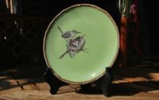 绿釉鸟巢装饰盘图片