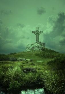 山头上的十字架图片