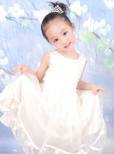 5岁宝宝照女孩图片