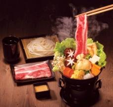 日本肥牛火锅料理图片