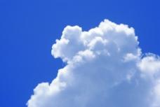 大白云 阳光 纯净的蓝天图片