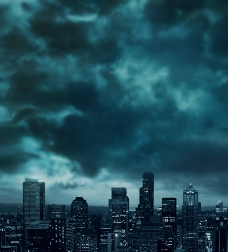 乌云密布的城市图片