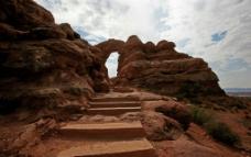 荒山石阶图片